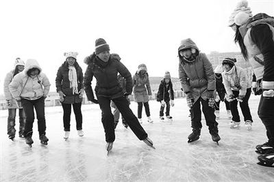 2014哈尔滨中考体育衣服冰雪轻松拿分项目袖女生初中生中图片