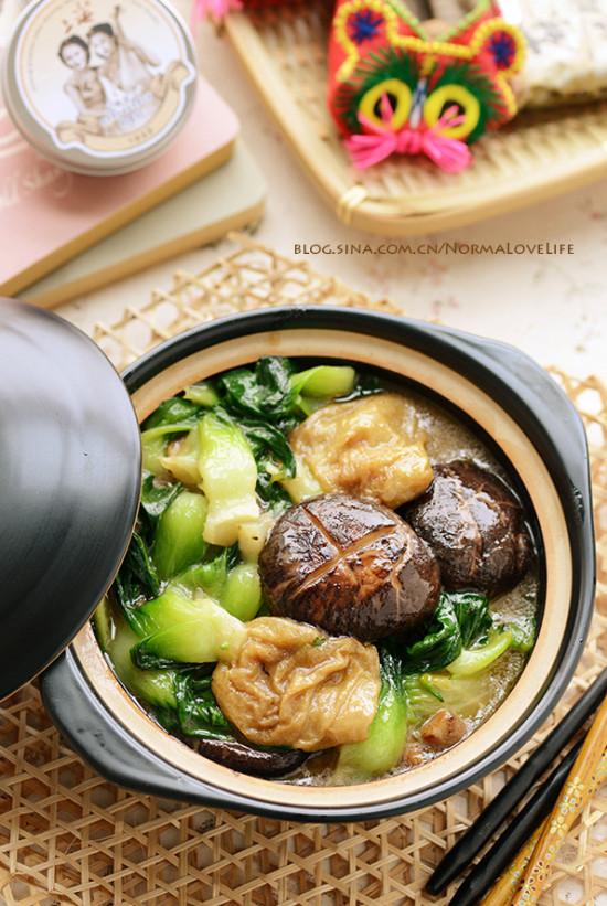 九州筵席:素菜也有肉滋味的香菇菜心面筋煲