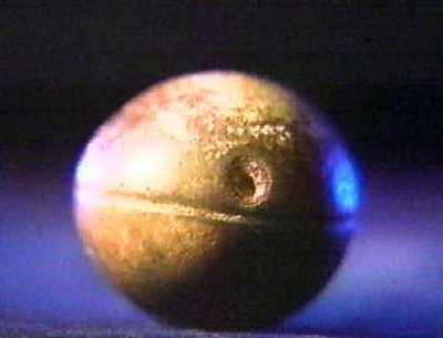 """全球十大""""神迹""""未解之谜:远古凹槽金属球(组图)"""