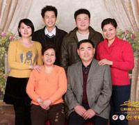 李艳英家庭