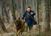 冯�|饰演的科学家追寻熊猫的踪迹