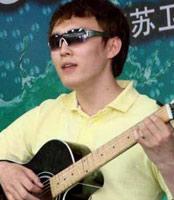 残奥冠军杨博尊也唱响