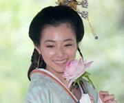 陈怡蓉笑靥如花