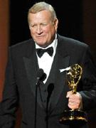 肯-霍华德凭《灰色花园》获电视电影最佳男配角