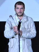 卡门凭《东方剧目》获最佳导演奖