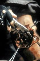 2.《终结者》(1984)特效:机器人自我修复