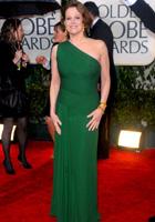 西格妮-韦弗一袭绿裙