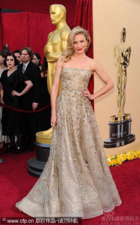奥斯卡时尚点评:明星服饰揭示12星座转运法宝