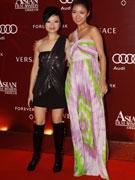 黄真真(左)和薛凯琪