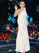 霍思燕白色裙装