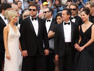 戛纳电影节开幕红毯