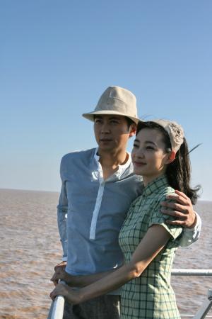 """《上海迷案》王丽坤携保剑锋""""为爱出逃""""(图)"""