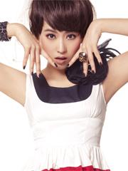 宁丹琳写真显少女纯美