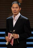 章明获最佳编剧奖(《郎在对门唱山歌》)