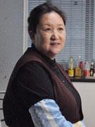 赵玲琪饰黄母