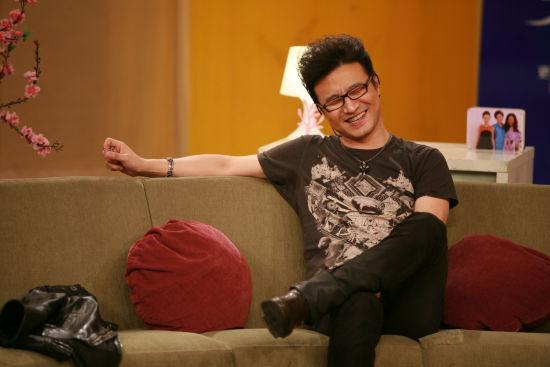 台湾淡江大学学生会长补选暂停 陆生蔡博艺抗议