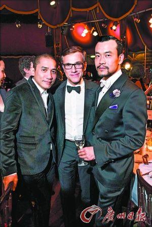廖凡获奖后与梁朝伟以及奥斯卡最佳男配角演员克里斯托弗・瓦尔兹合影。