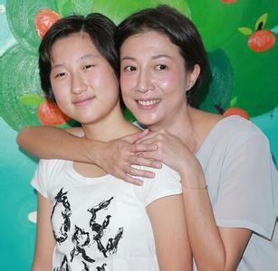 吴绮莉和女儿