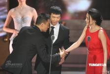 组图:张涵予凭《集结号》获第45届金马奖影帝