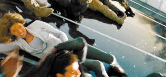 《變形金剛3》穿幫鏡頭不少