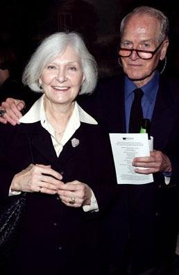 资料图片:保罗-纽曼与爱妻伍德沃德50年金婚