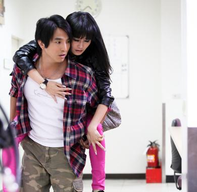资料图片:偶像剧《魔女18号》精彩剧照(14)