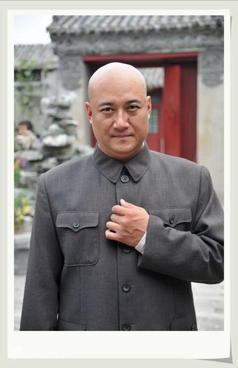 资料图片:电视剧《紫檀王》定妆照(11)