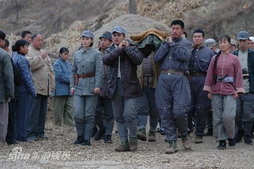 地雷战锄奸行动_资料图片:《地雷战传奇之锄奸行动》剧照(10)
