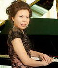 张玎苑钢琴独奏音乐会时间:3.30地点:上海音乐厅