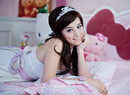 牛丽燕粉红娃娃写真