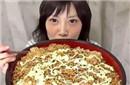 女子3分半吃完8斤炒面
