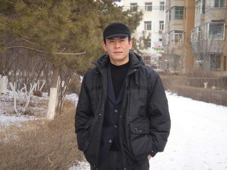 资料图片:国家话剧院男演员--米学东