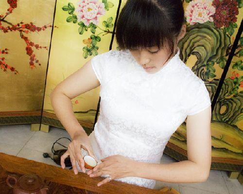 图纸:《资料大红袍》印象文化-三饮大红袍折叠桌背景图片