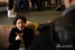 苏蓬执导新版《毒药》与母亲万方思想交锋(图)