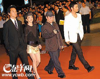聚焦上海电影节:谢晋为李安颁出首个大奖(图)(3)