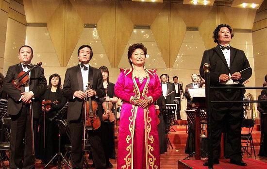 上海电影节公布提名两国产片入围竞逐金爵(图)