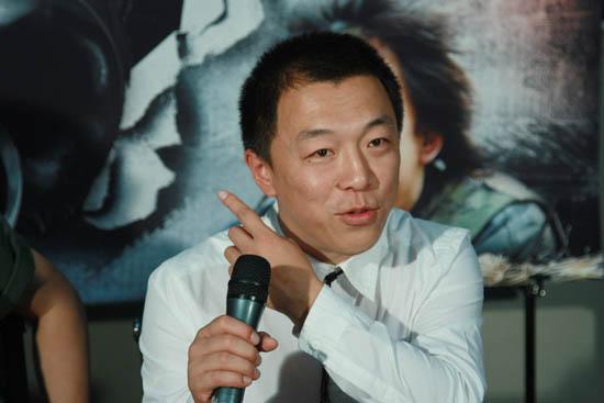 《斗牛》官网启动黄渤自曝穿破37双鞋(图)