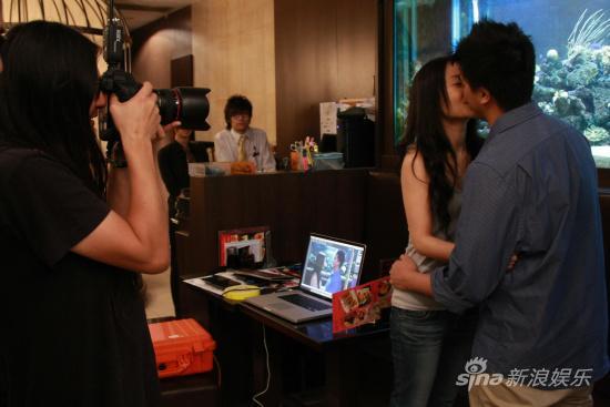 《全城热恋》票房过亿情侣获邀赴港拍写真(图)
