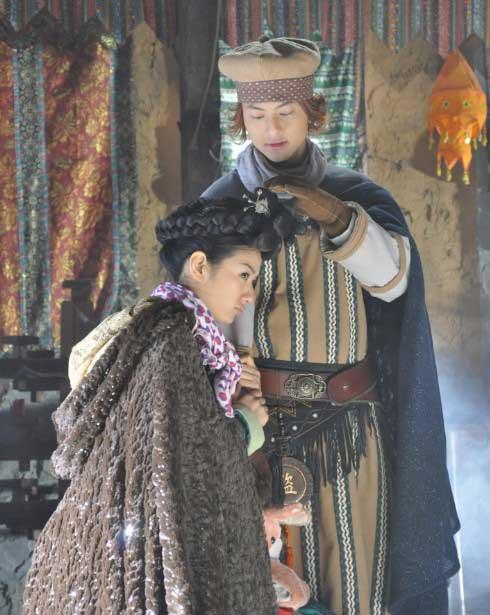 喜剧片《嘻游记》王子黄奕上演患难姐弟恋(图)