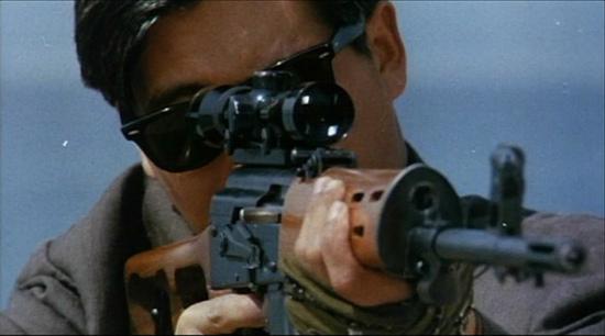 香港枪火进化论-冷门武器,在混乱中灵光乍现