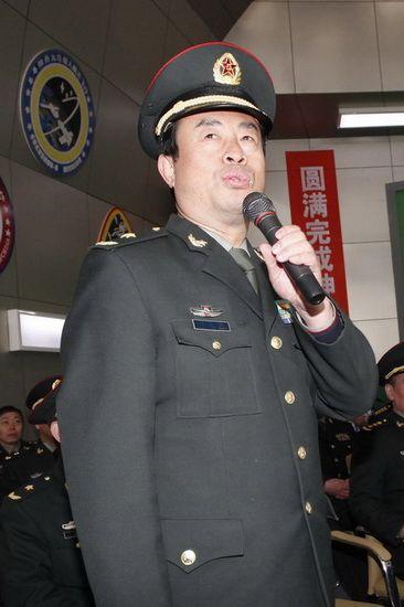 八一电影制片厂厂长明振江