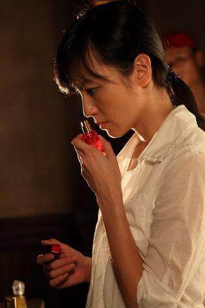 林熙蕾斗性感与梁家辉《夺命心跳1》精彩飙戏脚性感美女超图片