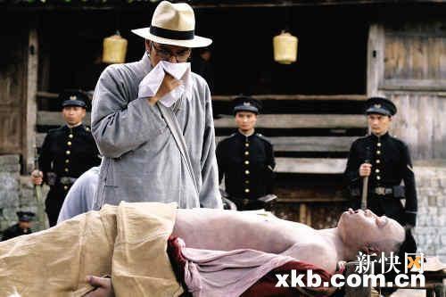 """《武侠》展开宣传曝光金城武""""验尸""""照(图)"""
