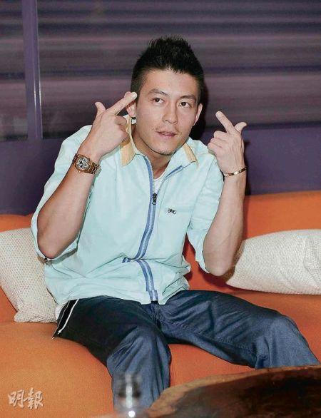 陈冠希公开向汤唯示爱惹来网民不满。