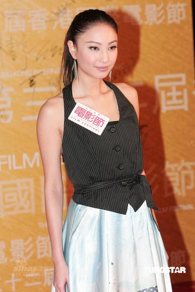 组图:洪卓立吻戏尴尬《爱情万岁》香港首映