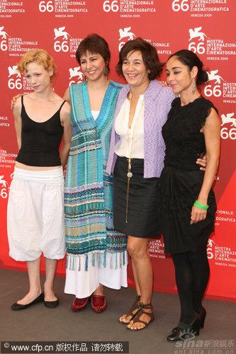 《没有男人的女人》记者会四个女人一台戏(图)