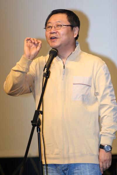 图文:《芳香之旅》主创交流--演员范伟