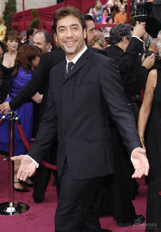 图文:西班牙男星贾维尔-巴尔登亮相笑容阳光