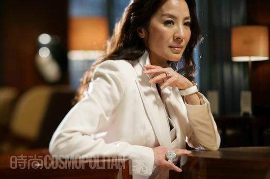 图文:《时尚COSMO》专访杨紫琼--帅气干练