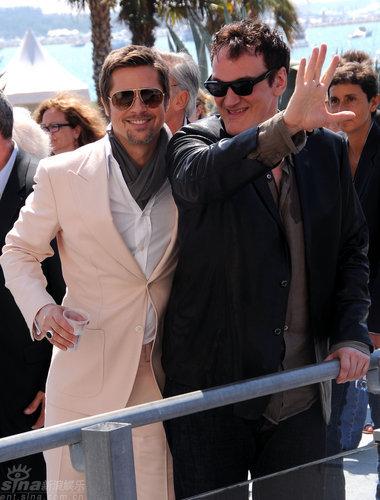 图文:《混蛋》记者会-昆汀和皮特相聚甚欢